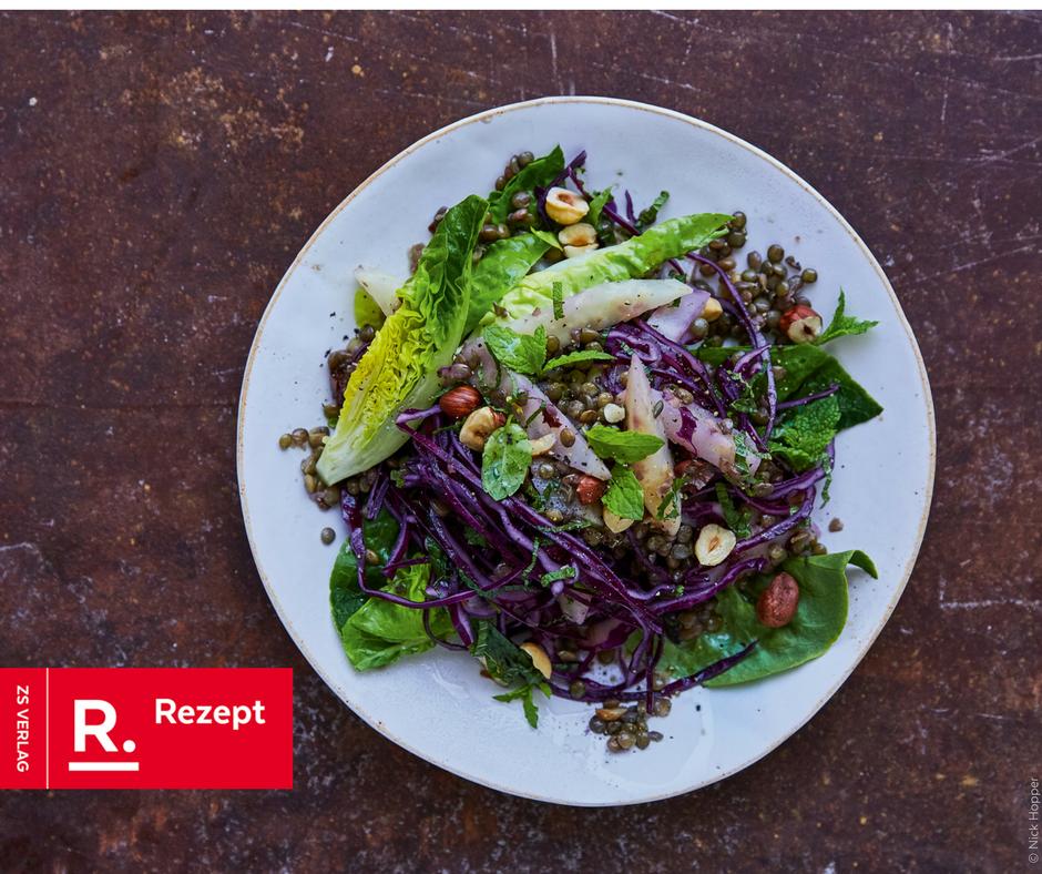 Linsen-Salat mit Sellerie, Haselnüssen und Rotkohl - Rezept Bild