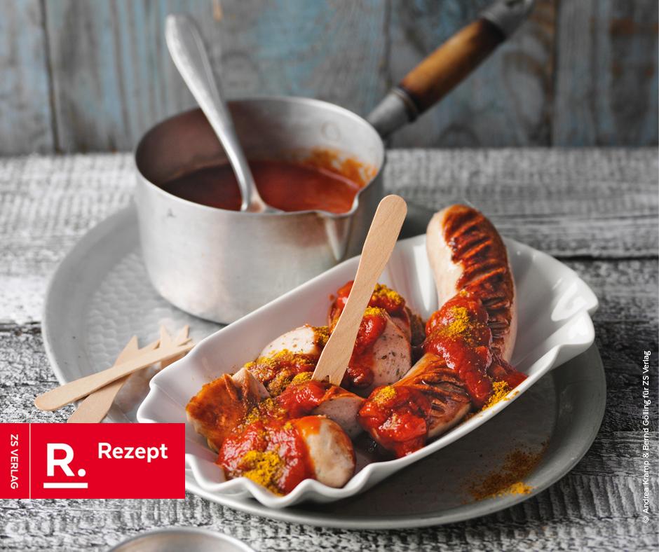Currywurst mit selbst gemachter Sauce - Rezept Bild
