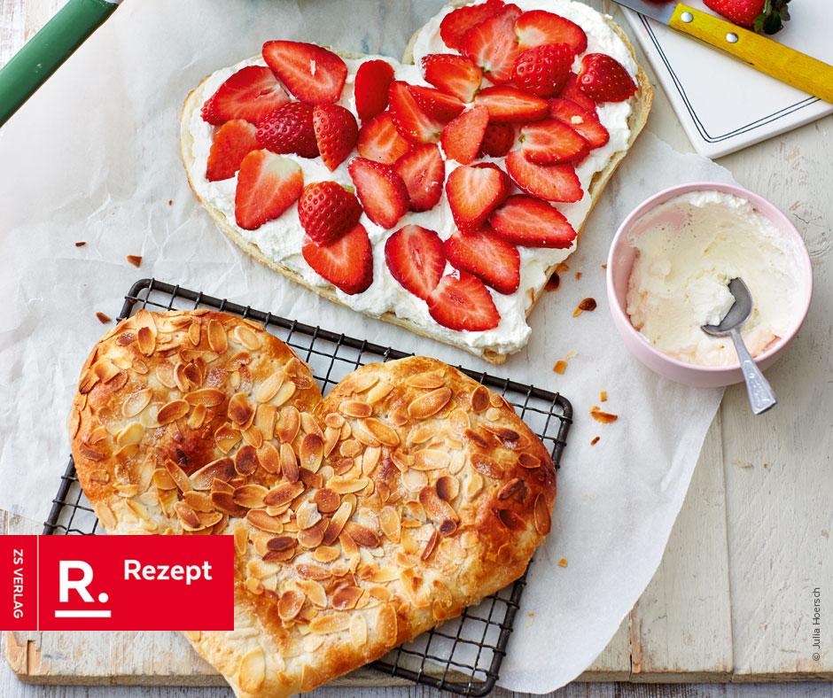 Blätterteigherzen mit Erdbeeren - Rezept Bild