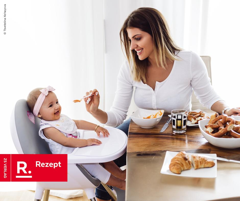 Dein Baby braucht ganz viel Liebe – und etwas zu essen: Obst-Getreide-Brei - Rezept Bild
