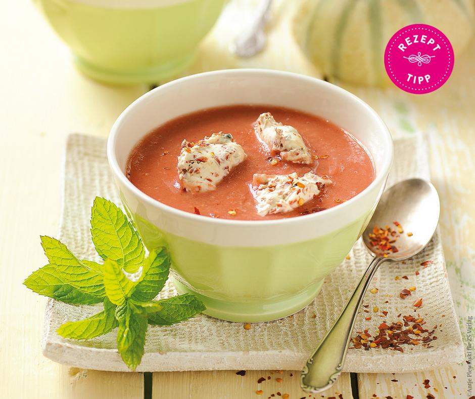 Melonen-Gazpacho mit Ziegenfrischkäse-Nocken - Rezept Bild