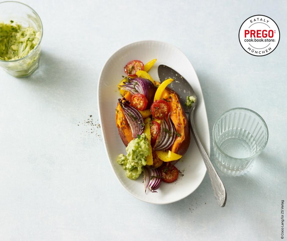 Ofen-Süßkartoffeln mit grünem Zaziki - Rezept Bild